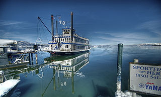 320px-Boat_on_Lake_Tahoe_200802